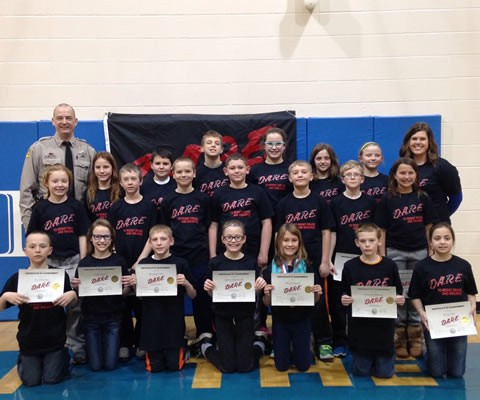 2017 DARE graduating class from the Irene-Wakonda Elementary school